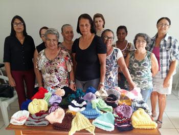 Foto de grupo de tecelãs voluntárias