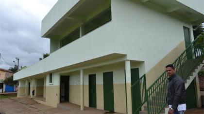 Foto de vista externa dos vestiários do estádio da Lagoa