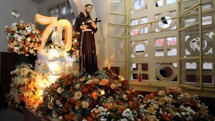 Foto de São Francisco na festa de 70 anos da paróquia