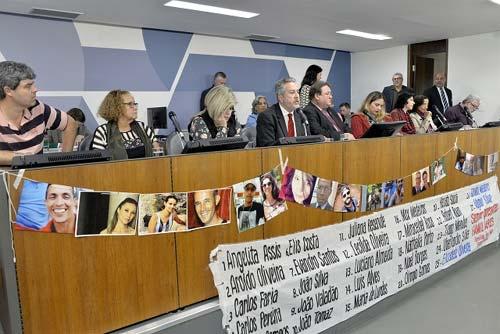 Foto da Mesa da Audiência Pública