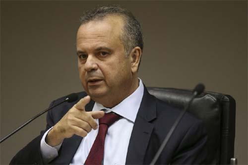 Foto do secretário do Ministério da Previdência, Rogério Marinho