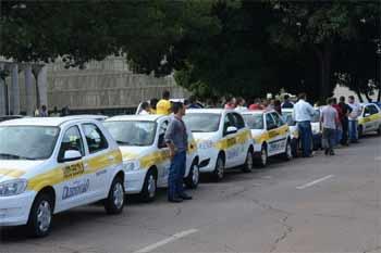 Foto de carros de centros de formação de condutores
