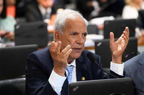 Foto do senador Oriovisto Guimarães